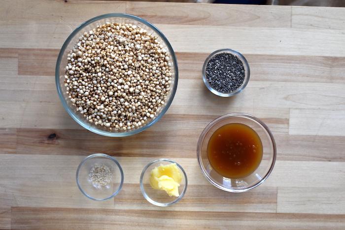 Ingrédients : quinoa soufflée, graines de chia, sirop d'épeautre, ghee