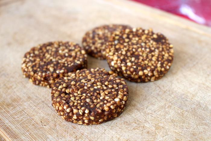 Palets de quinoa soufflée et kasha