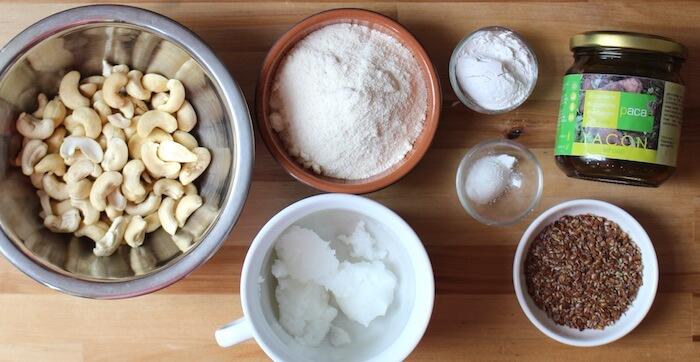 Ingrédients pour biscuits vegan paléo low-carb