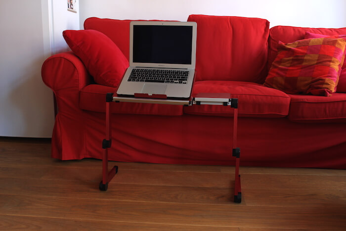 Mon petit support rouge pour mon Macbook
