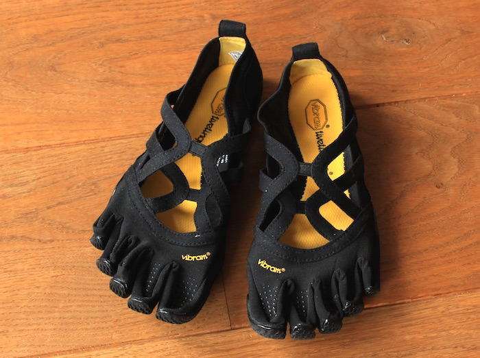 j ai test les chaussures orteils vibram fivefingers alitza loop. Black Bedroom Furniture Sets. Home Design Ideas