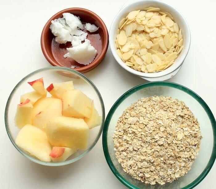 4 ingrédients pour ces biscuits avoine pomme amandes