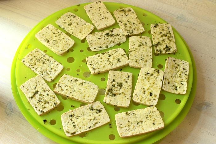 Chips de tofu avant cuisson